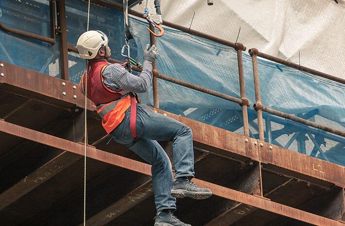 Bereitstellen einer sicheren und gesundheitsbewussten Arbeitsumgebung für alle Projekte.